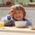 café da manhã é essencial para criança